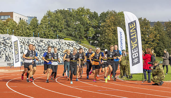 Estonian runners on the track